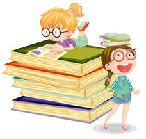 Meisje met boeken op witte achtergrond