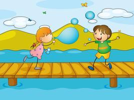 Kinderen spelen op de brug