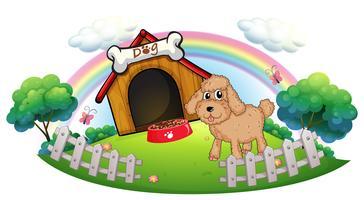 Een puppy dichtbij een houten hondehok met been