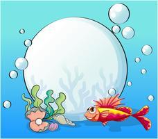 Een oceaan met een grote parel en een vis