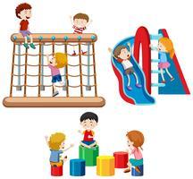 Reeks kinderen die met speelplaatsapparatuur spelen vector