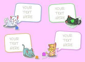 4 aantekeningen op papier met stripfiguren van katten. vector