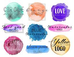 Aquarel logo set, vrouwelijke logo ontwerpset, kleurrijke vector illustratie.