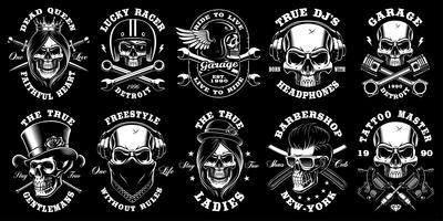 Set van zwarte en witte schedels