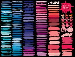 Grote reeks kleurrijke penseelstreken, kleurrijke inkt grunge penseelstreken. Vector illustratie.