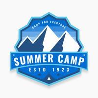 Pack van Summer Camp-badge vector