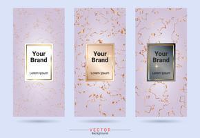 Productetiketten en stickersjablonen van verpakkingsproducten, geschikt voor luxe- of premiumproductenmerken met marmeren textuur, gouden folie en lineaire stijl.
