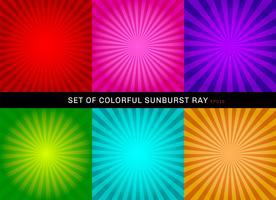 Set van retro glanzende kleurrijke starburst achtergrond. Collectie van abstracte sunburst radiale rode, roze, paarse, groene, blauwe, oranje achtergronden. vector