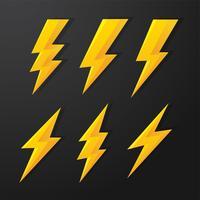 Thunder en Bolt Lighting flits vectorcorrectieset. isoleer op witte achtergrond. vector