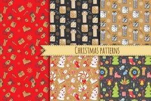 Naadloos patroon met Kerstmiselementen. Vector nieuwe jaar achtergrond. Seizoensgebonden feestelijk patroon voor textielontwerp, inpakpapier, scrapbooking.