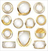 Collectie van gouden en witte badge en labels vector