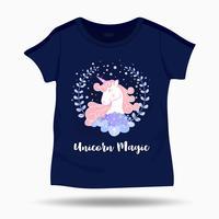 Leuke eenhoorn en bloemkroonillustratie op T-shirt kinder sjabloon. Vector illustratie