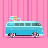 Blauwe Retro Camper Van op roze achtergrond