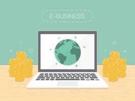 E-businessconcept met geld dat rond laptop wordt gestapeld