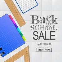 Welkom bij de banner voor de verkoop van schoolaanbiedingen. notebook, liniaal, van bovenaanzicht vector