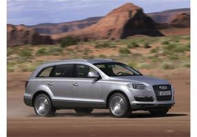 Zilveren Audi Q7 Wallpaper
