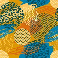 Tribal etnische naadloze patroon met dierenprint en penseelstreken.