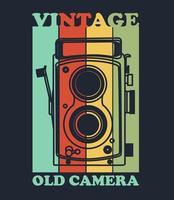 Kleurrijke vintage camera voor t-shirtontwerp