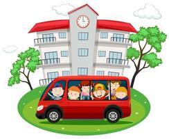 Studenten rijden op rode busje naar school