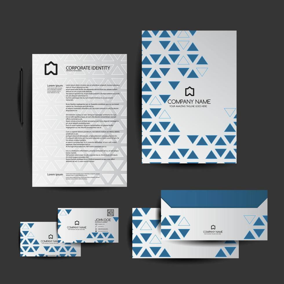 Satz blaues geometrisches Dreieck-Geschäftsbriefpapier vektor