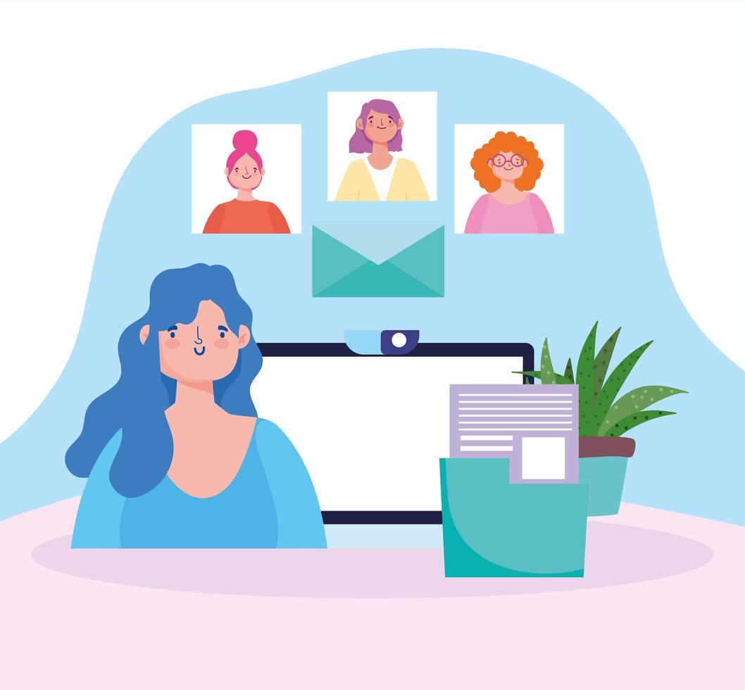 kvinna som arbetar på datorn med en grupp kollegor online vektor