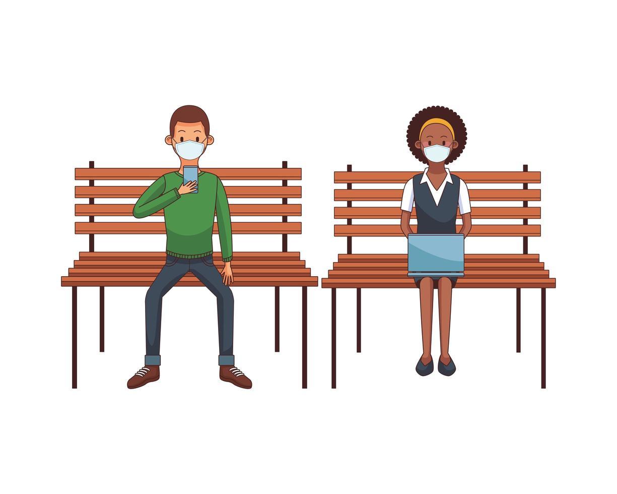 Interracial Paar trägt Maske mit Technologie sitzen vektor