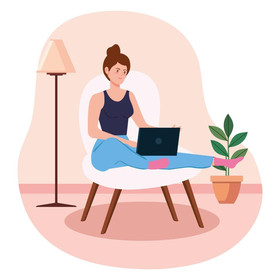 kvinna som arbetar och sitter på en stol med bärbar dator vektor