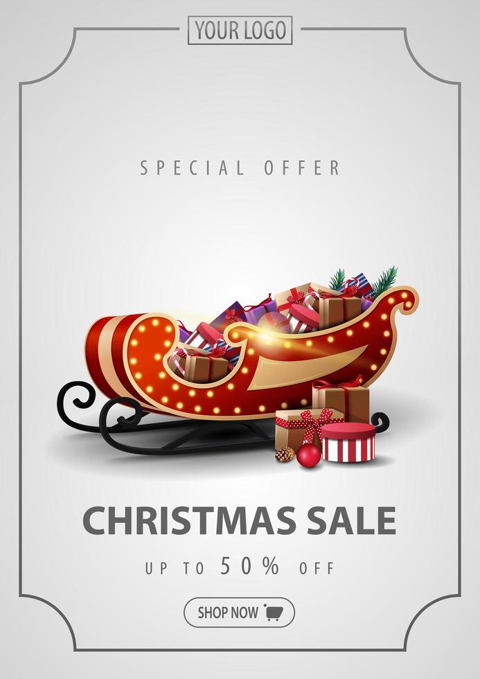 Sonderangebot, Weihnachtsverkauf, bis zu 50 Rabatt, vertikales silbernes Rabattbanner mit Vintage-Linienrahmen und Weihnachtsschlitten mit Geschenken vektor