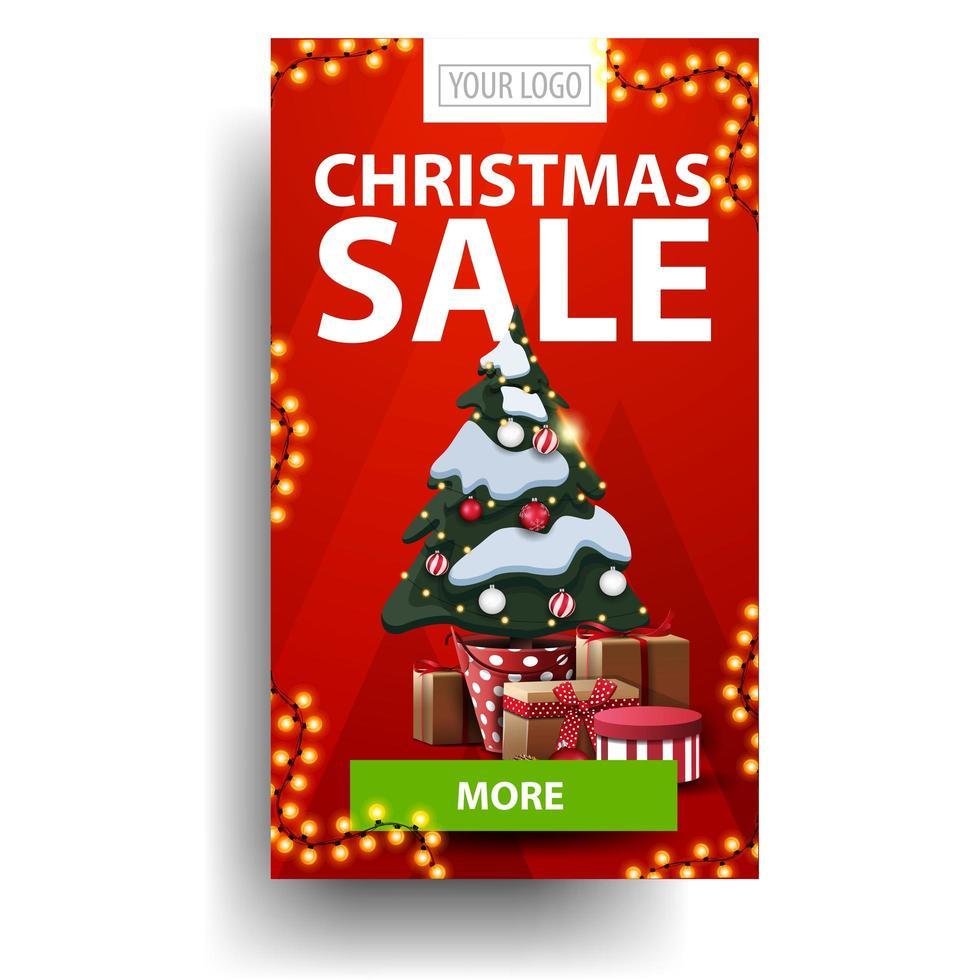 julförsäljning, röd vertikal rabatt med grön knapp och julgran i en kruka med gåvor isolerad på vit bakgrund vektor