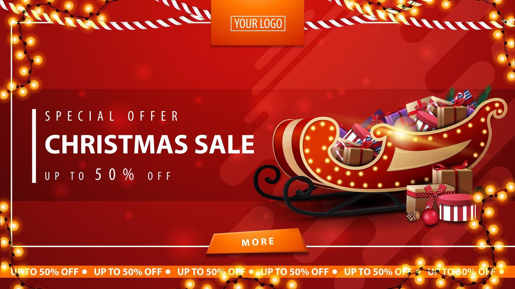 specialerbjudande, julförsäljning, upp till 50 rabatter, röd rabattbanner med kransar, knapp, plats för logotyp och jultomten med presenter vektor