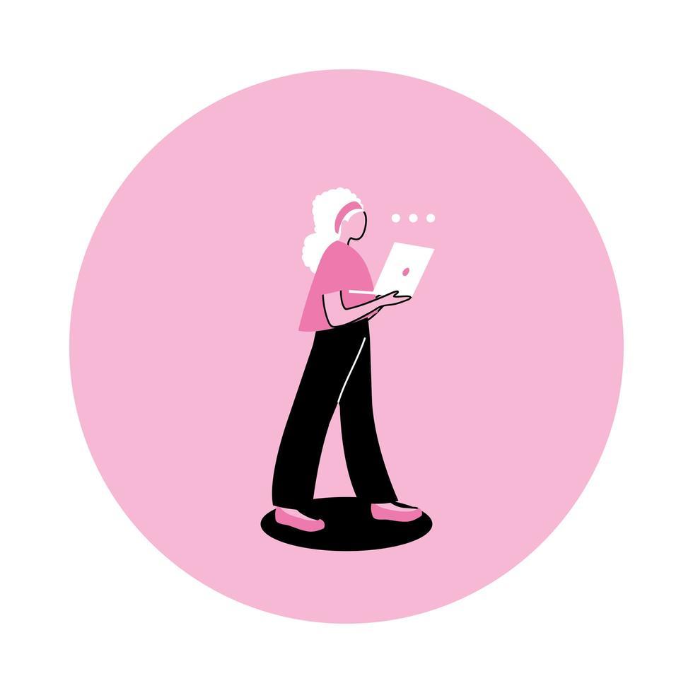ung kvinna som använder en bärbar dator vektor