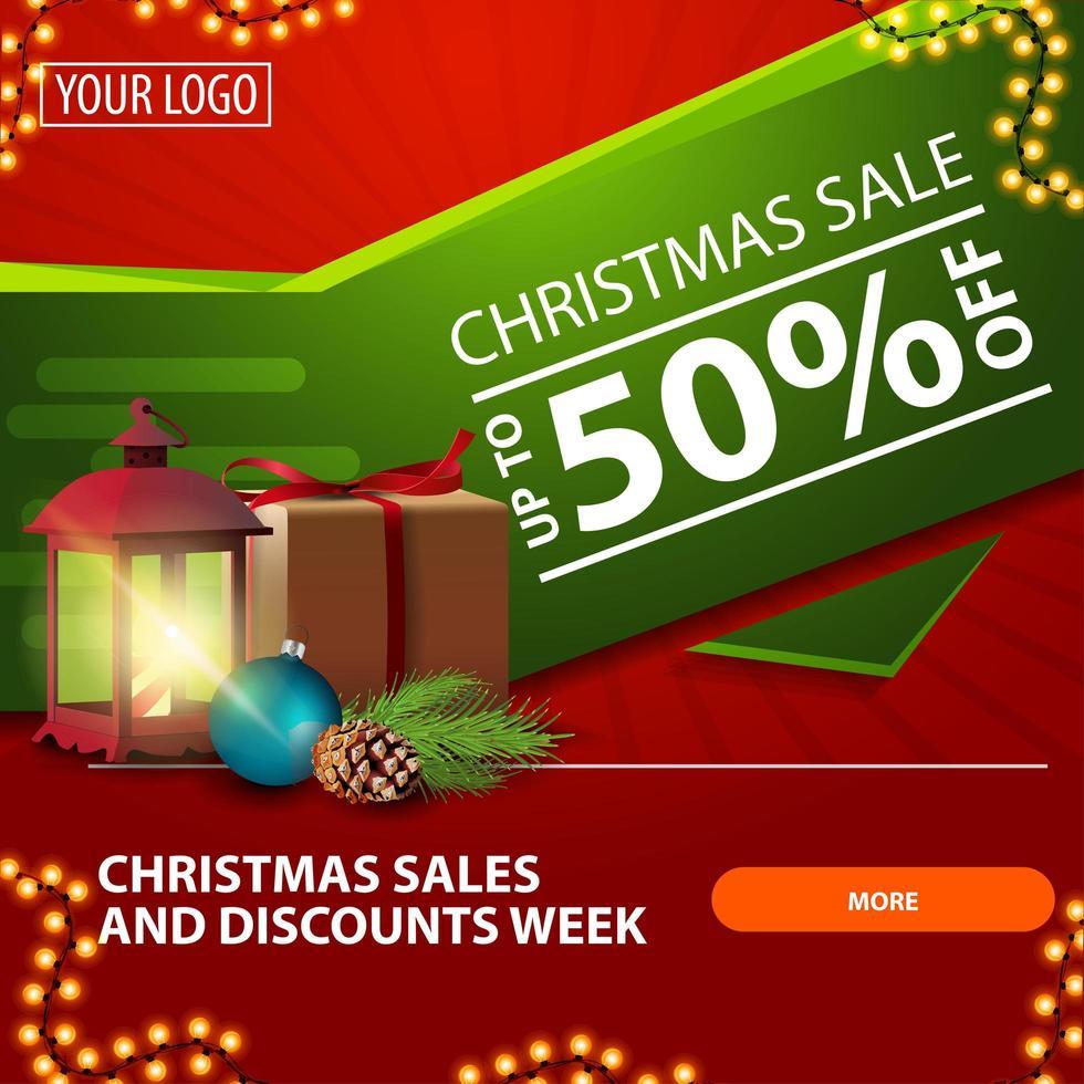 Weihnachtsverkauf, bis zu 50 Rabatt, rotes und grünes helles modernes Web-Banner mit Knopf, Geschenk, Weinleselaterne, Weihnachtsbaumzweig mit einem Kegel und einem Weihnachtsball vektor