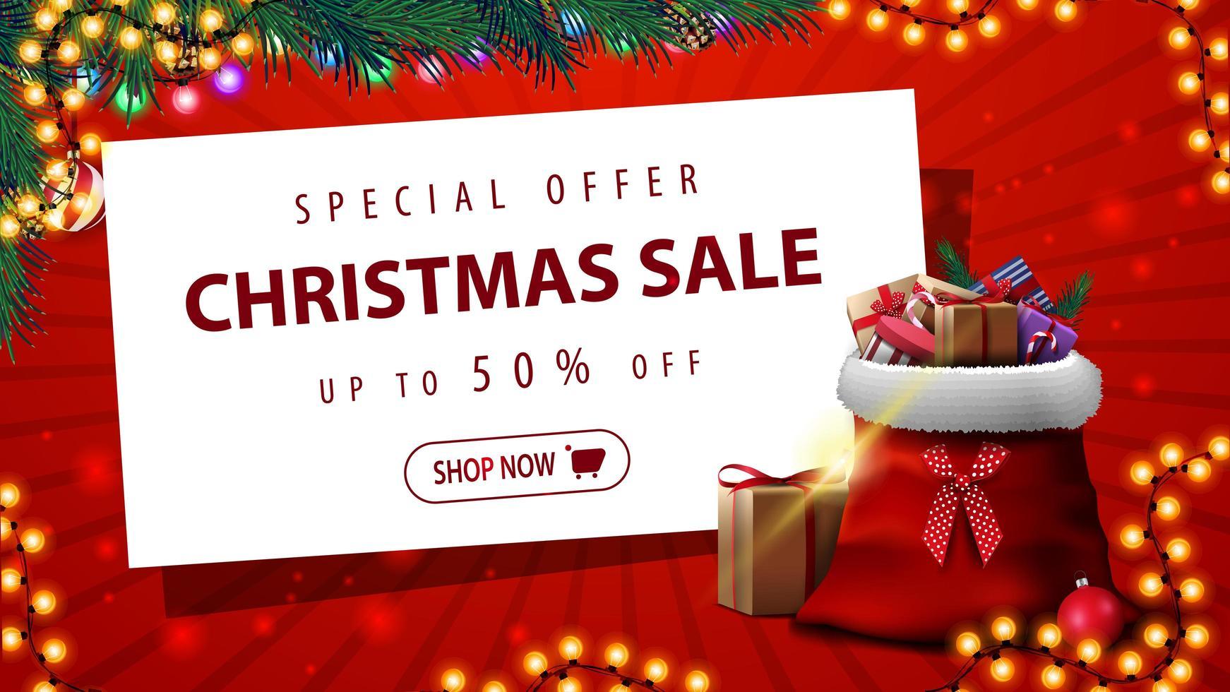 specialerbjudande, julförsäljning, upp till 50 rabatt, röd rabattbanner med krans, julgran, vitbok och jultomtepåse med presenter vektor