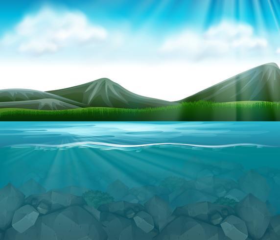 Eine wunderschöne Gebirgsseelandschaft vektor