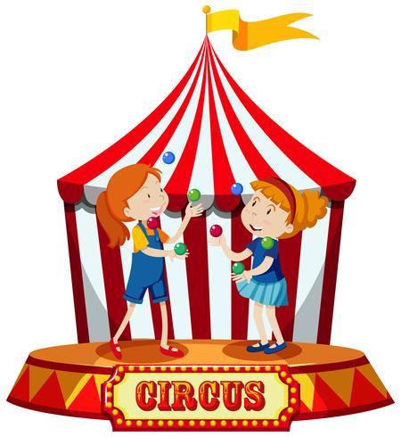 Mädchen, die am Zirkuszelt jonglieren vektor