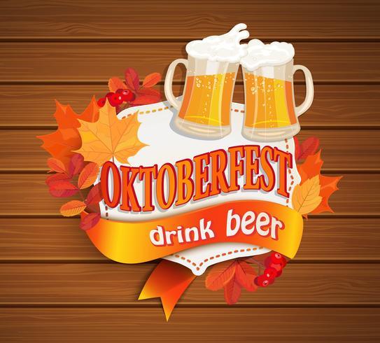 Oktoberfest Vintage-Rahmen mit Bier. vektor