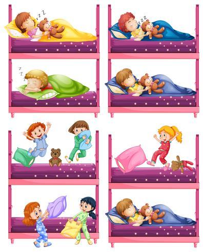 Barn sover på våningssäng vektor