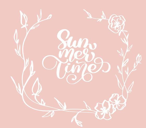 Übergeben Sie gezogene Sommerzeit mit Kranzgekritzelskizzenbeschriftungs-Vektorlogo illusrtation der Blumen dekorative, moderne Kalligraphiebeschriftung auf Weiß. Illustrationsvorratvektor vektor