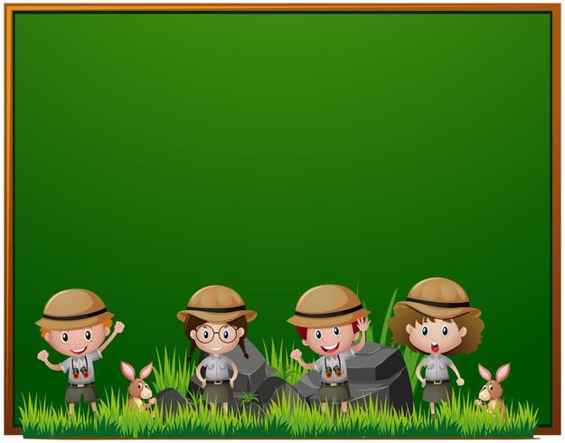 Board-Vorlage mit Kindern in Safari-Outfit vektor
