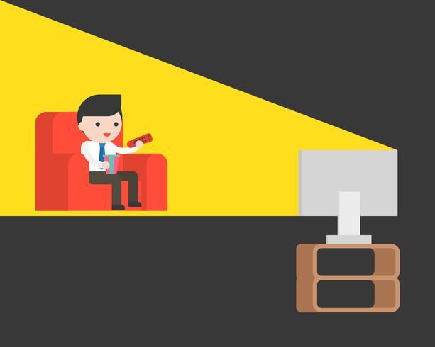 söt affärsman tittar på tv i mörkt rum på röd soffa vektor