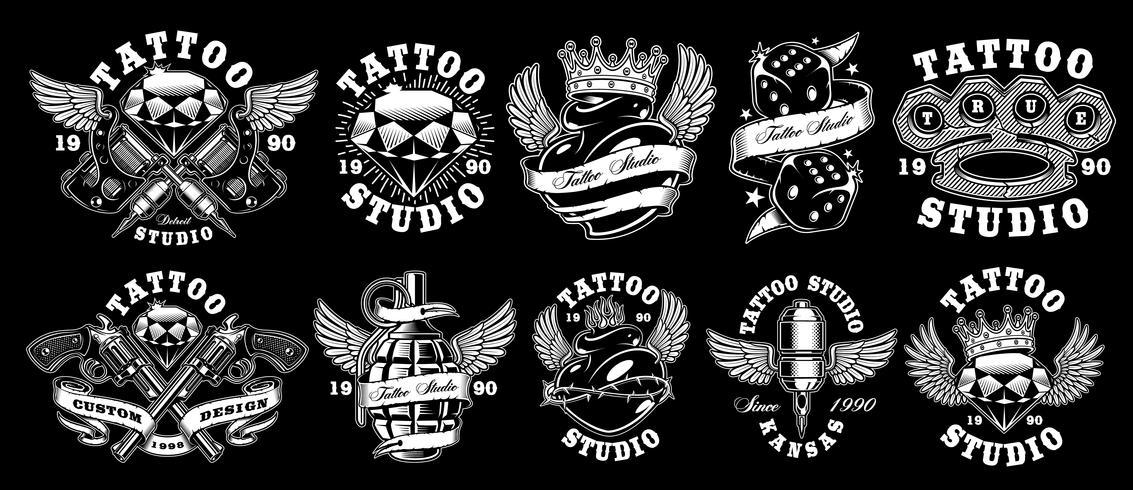 Sats med anpassade tatueringsdesigner. vektor