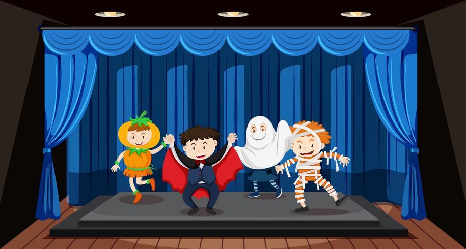 Kinder machen Rollenspiele auf der Bühne vektor