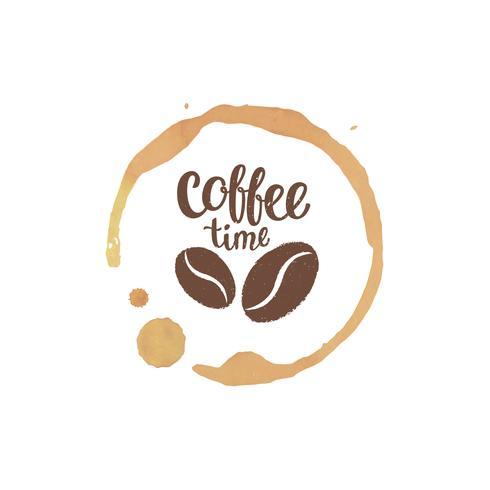 Kaffekopp fläckar och droppar med kaffetidbokstäver och bönnsilhouetter. Vektor illustration.