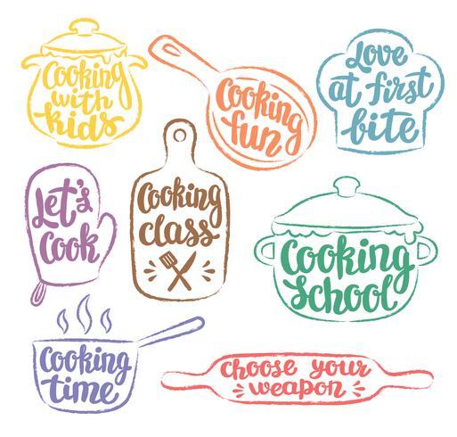 Samling av grunge färg konturens matlagning etikett eller logotyp. Matlagning vektor illustration med handskriven bokstäver, kalligrafi. Kock, kock, köksredskap ikon eller logotyp.