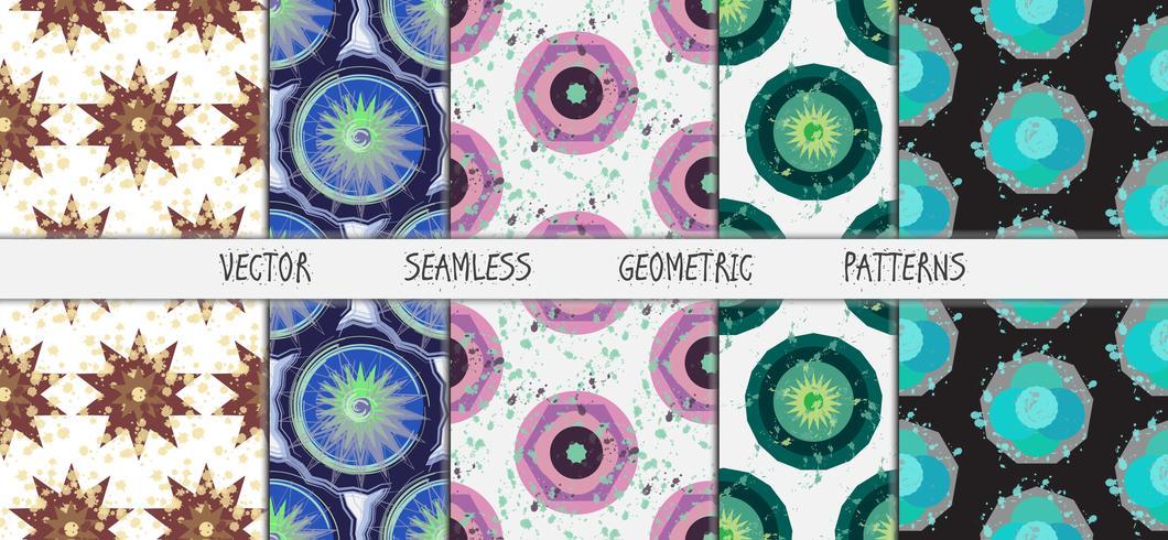 Grunge färgglada geometriska sömlösa mönsteruppsättning vektor