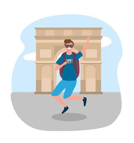 Männlicher Tourist, der vor Arc de Triomphe springt vektor