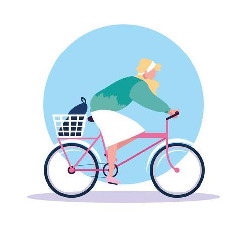 junge Frau Reiten Fahrrad Avatar Charakter vektor