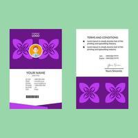 ID-Kartenschablone mit hellvioletter Blumenform vektor