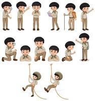 pojke i safaridräkt som gör många aktiviteter