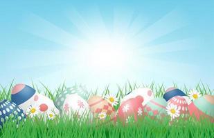 påsk affisch med ägg i soligt gräsfält vektor